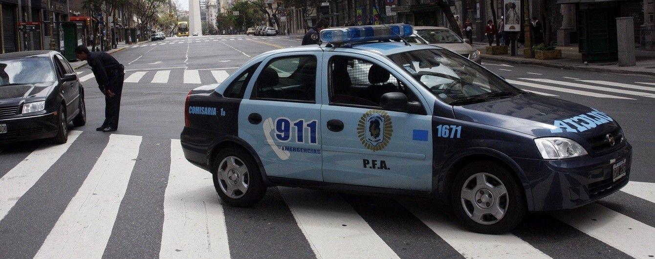 Секс в машине с полицейскими остров порно секс