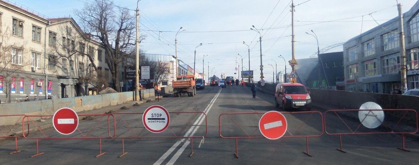Нехватка средств и отсутствие ремонта. Почему в Украине обваливаются мосты и разрушаются дороги