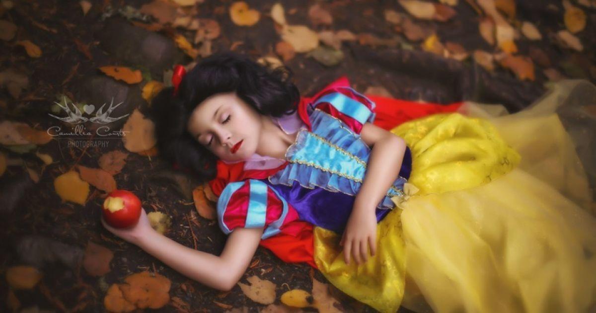 Спящая красавица @ Facebook/CamilliaCourtsPhoto