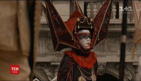 Лучшую маску и костюм выбрали в Венеции