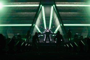 Световые спецэффекты, зажигательная музыка и диджейский танец: Армин Ван Бюрен впечатлил масштабным шоу в Киеве