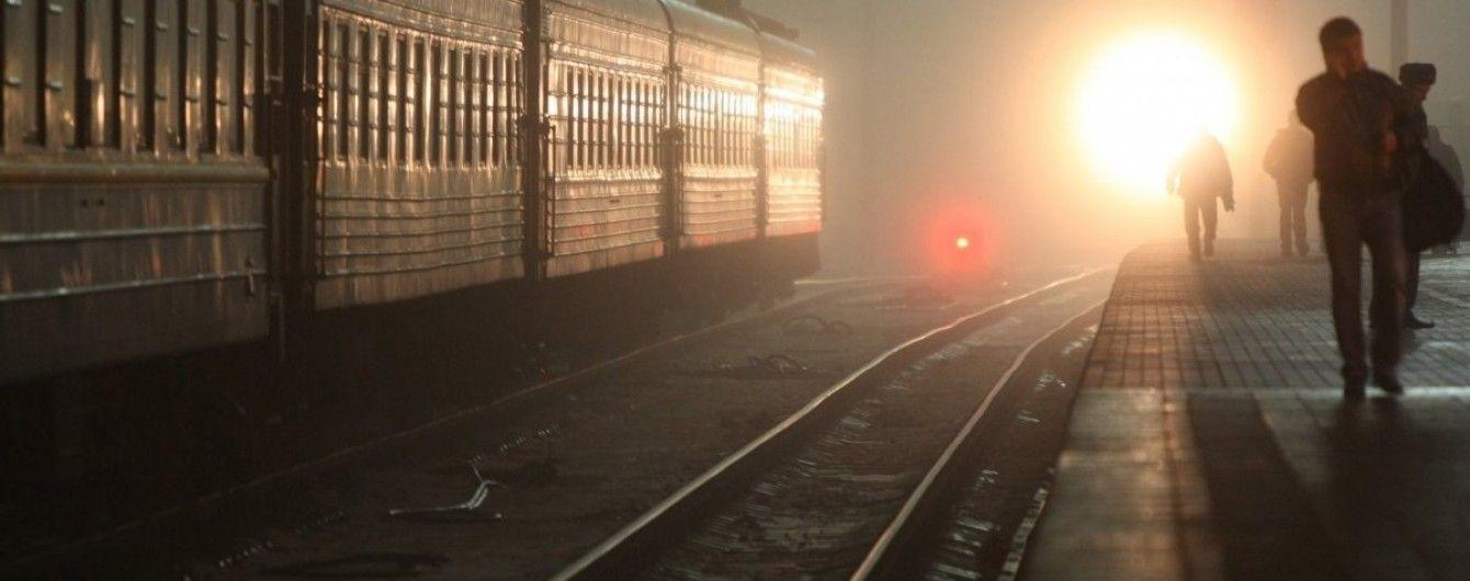 На Львовщине поезд насмерть переехал молодого мужчину