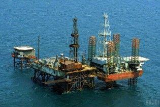 Росія продовжує видобуток газу на спірному Одеському родовищі в морі біля Криму
