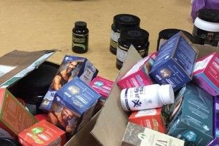 В Киеве через спортклубы массово продавали поддельные лекарства и стероиды