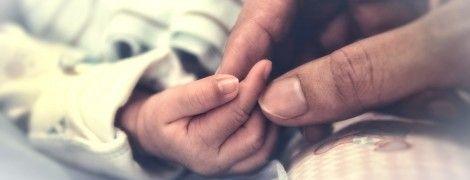 Мама – це ліки: як присутність батьків у палаті допомагає дитині швидше одужати, а державі – зекономити кошти