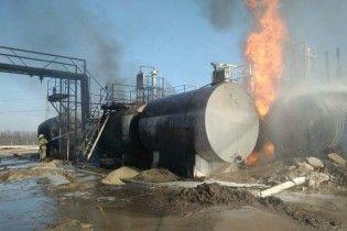 На Харківщині палають цистерни із мазутом та рідким газом