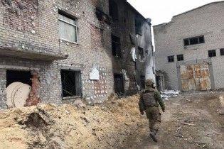 """""""Противник рівняє будови з землею, питання кількох місяців"""": журналіст про інтенсивні бої біля Ясинуватої"""