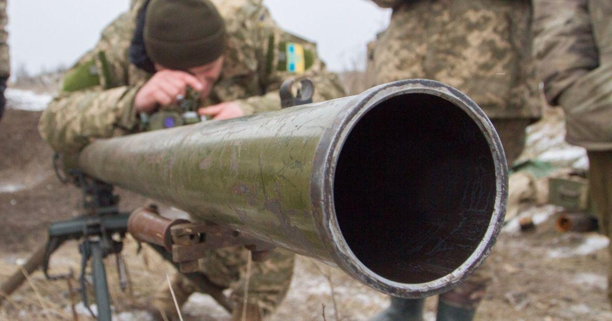 ВСУ потеряют 12 тыс. военных в случае силового возврата Донбасса – Муженко