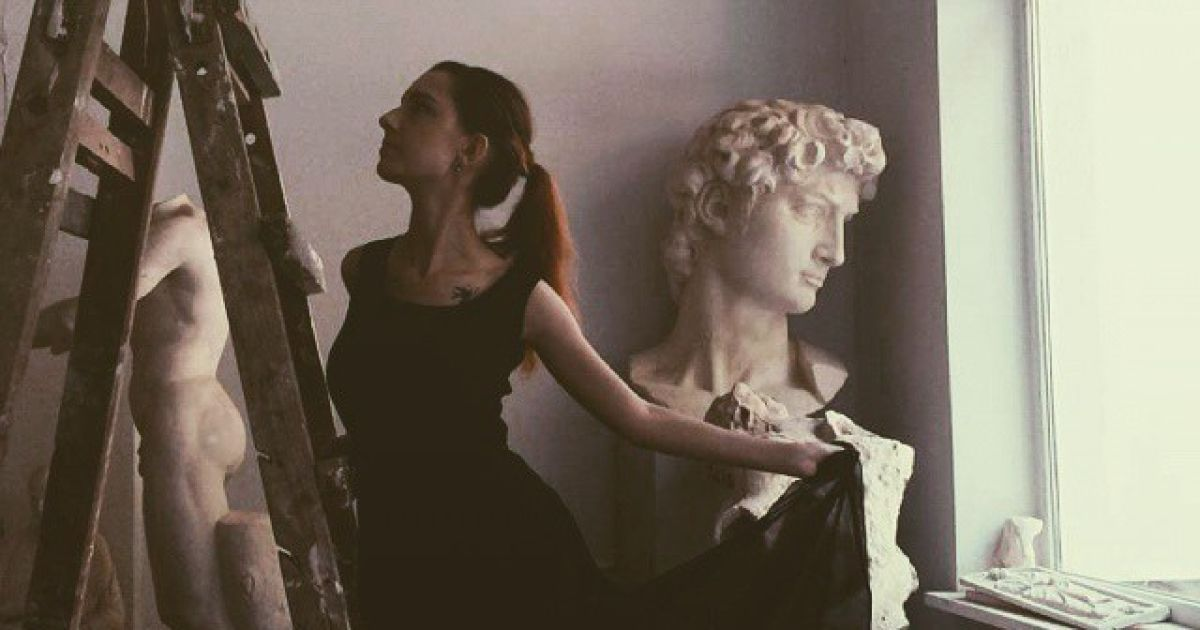 @ instagram.com/i.am.valerie