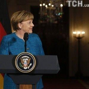 Меркель уступит Трампу и поддержит строительство терминала для американского газа в Германии - WSJ