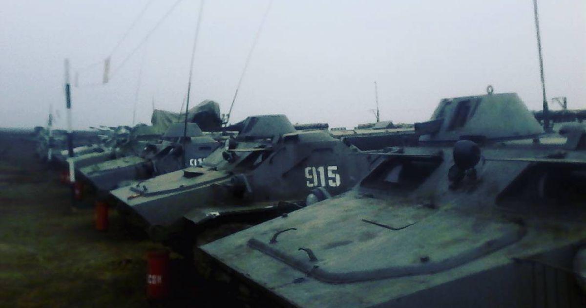 Боевиков с Донбасса отправили в РФ за автомобильной и бронированной техникой - разведка