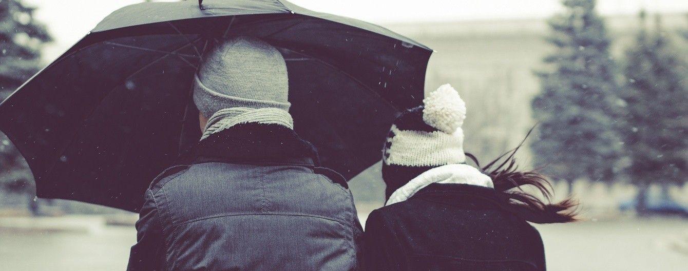 Синоптики предупреждают об ухудшении погоды. На Украину надвигается циклон с дождями и грозами