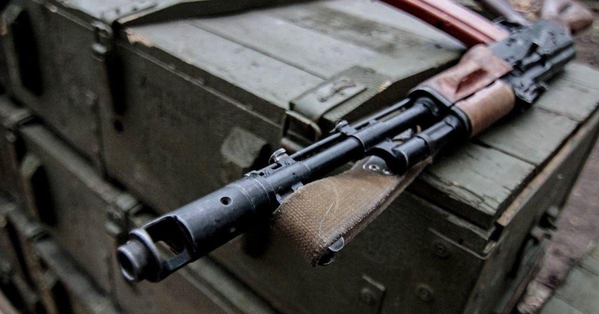 Під Миколаєвом у військовій частині строковик вистрілив собі у голову з автомата
