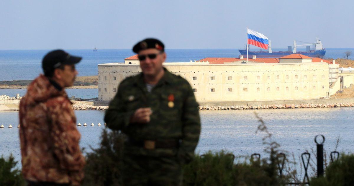 """В ЕС заверили, что не будут признавать """"выборов"""" в оккупированном Крыму и избранного """"губернатора"""""""