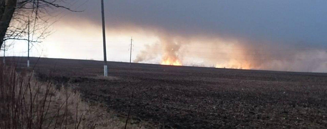 Пожар и взрывы в Балаклее могут длиться неделю - Гройсман