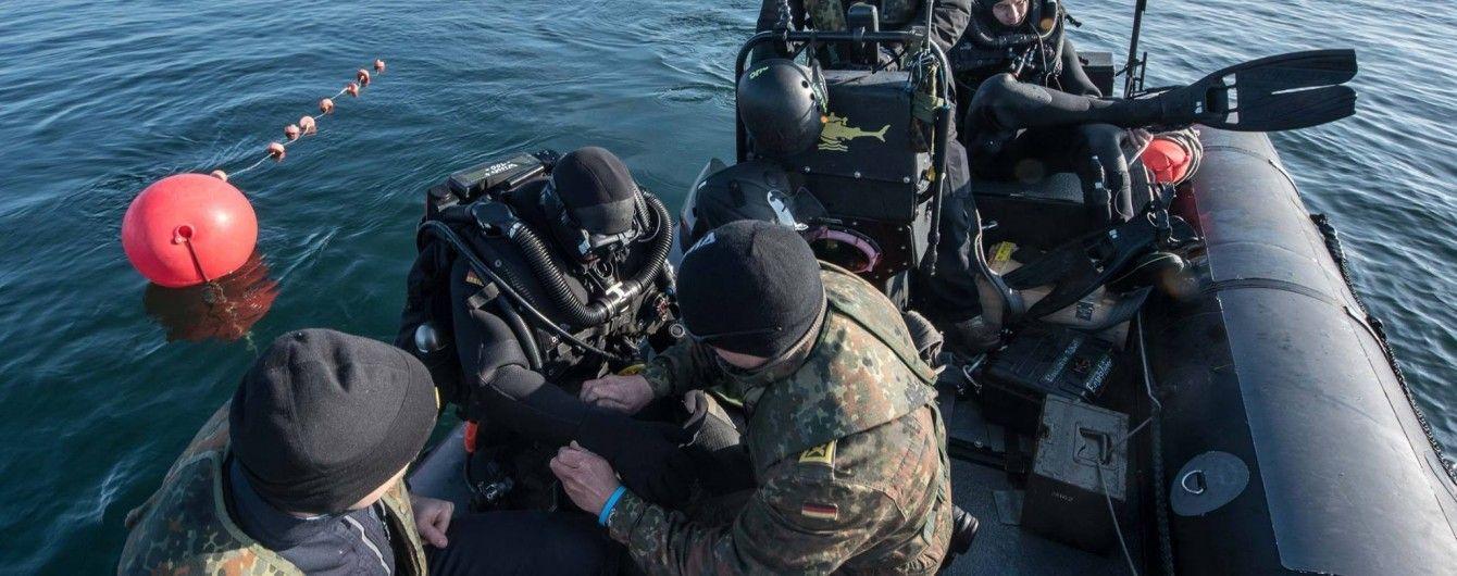 Українські військові провели тренувальне захоплення ворожого корабля. Генштаб показав відео з навчань