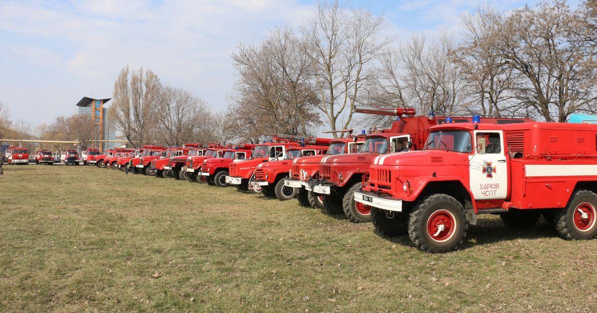 """Без гидрантов, огнетушителей и сигнализации: пожарные шокировали """"безопасностью"""" школ в Украине"""