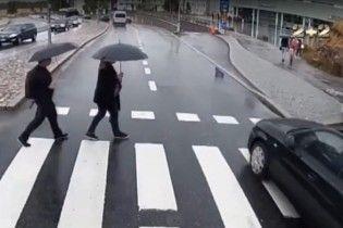 Эксперты предлагают пешеходам сдавать экзамены на знание ПДД