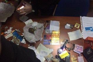 На Киевщине накрыли банду рэкетиров, которые терроризировали предпринимателей