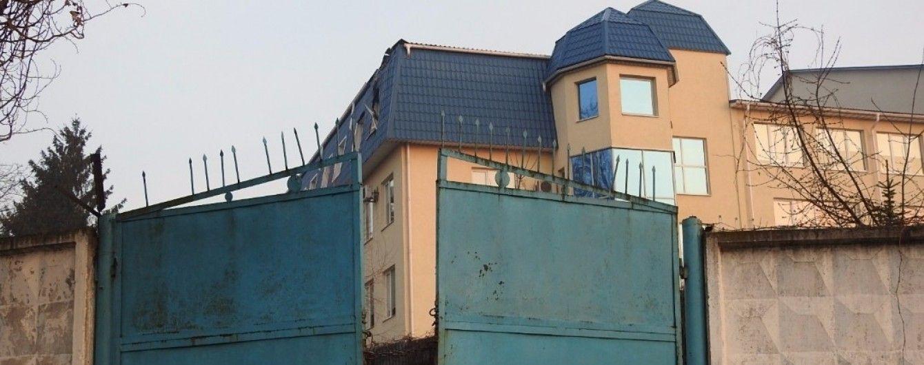 Генконсульства Польши в Украине закрылись из-за обстрела в Луцке