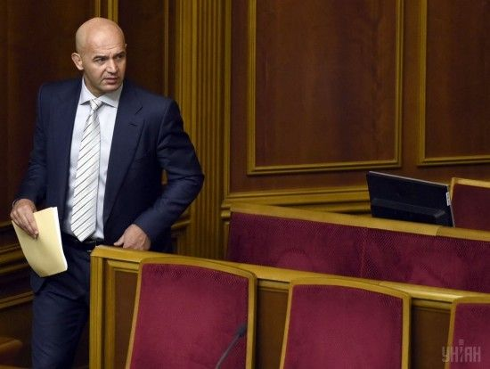 """Порошенко ще не розкрив своїх """"фішок"""" у передвиборчій кампанії - Кононенко"""