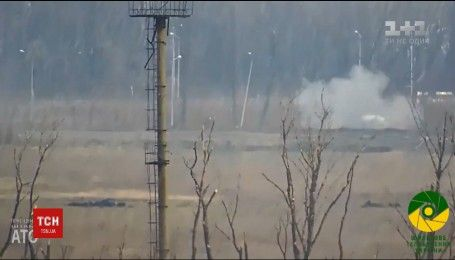 Бойовики з мінометів обстрілюють українські позиції по всій лінії зіткнення