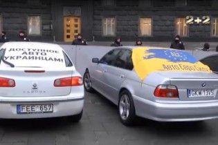 Власти подсчитали количество незаконно ввезенных автомобилей