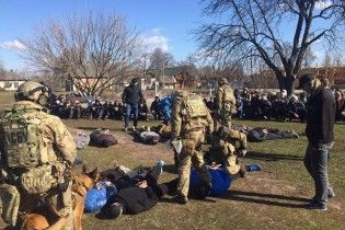Голоса в защиту реабилитационного центра в Косачевке: селяне и некоторые пациенты опровергают пытки