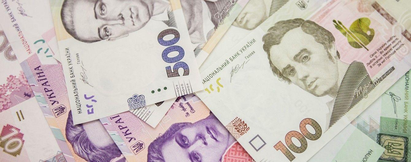 На Київщині службовці Нацполіції привласнили майже 1 млн гривень