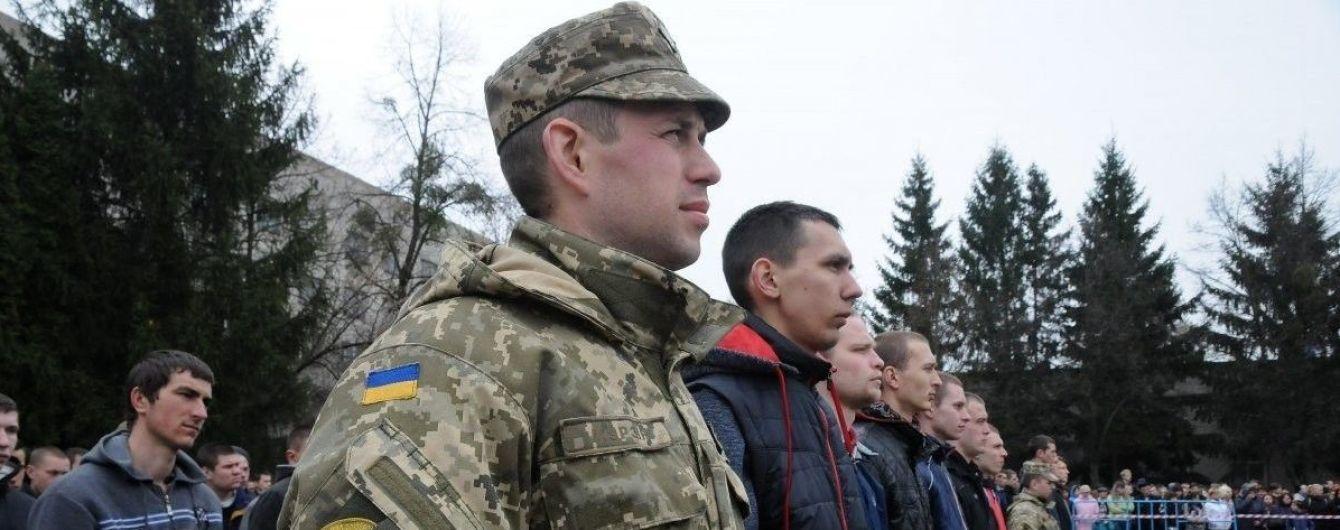 Це не захисники, а варвари: у Львові обурилися нічній облаві військових на призовників