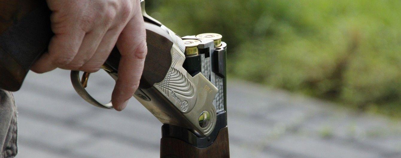 На Херсонщине мужчина застрелил соседа из-за конфликта за одну сотку огорода