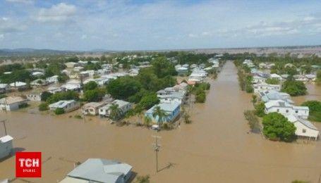Страшное наводнение в Австралии: затоплены дороги, предприятия и дома