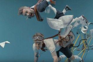 """Учасники 5'nizza """"зависли"""" у повітрі в оригінальному кліпі"""