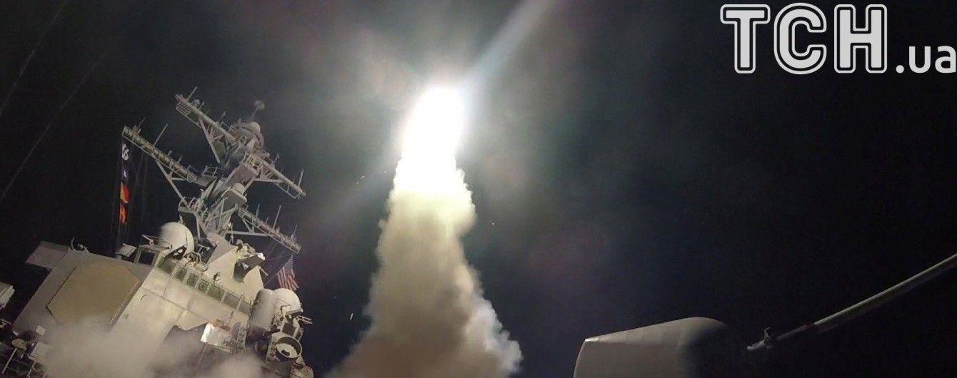 CNN: Американские эсминцы, субмарины и самолеты готовы ответить ударами в Сирии