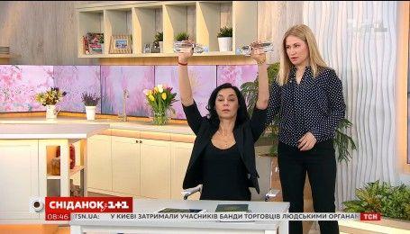 Фитнес-тренер Ксения Слюсар-Литвинова показала упражнения для офисных работников
