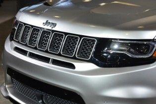 Компания Jeep анонсировала переход на эко-двигатели и подтвердила выпуск субкомпактного кроссовера