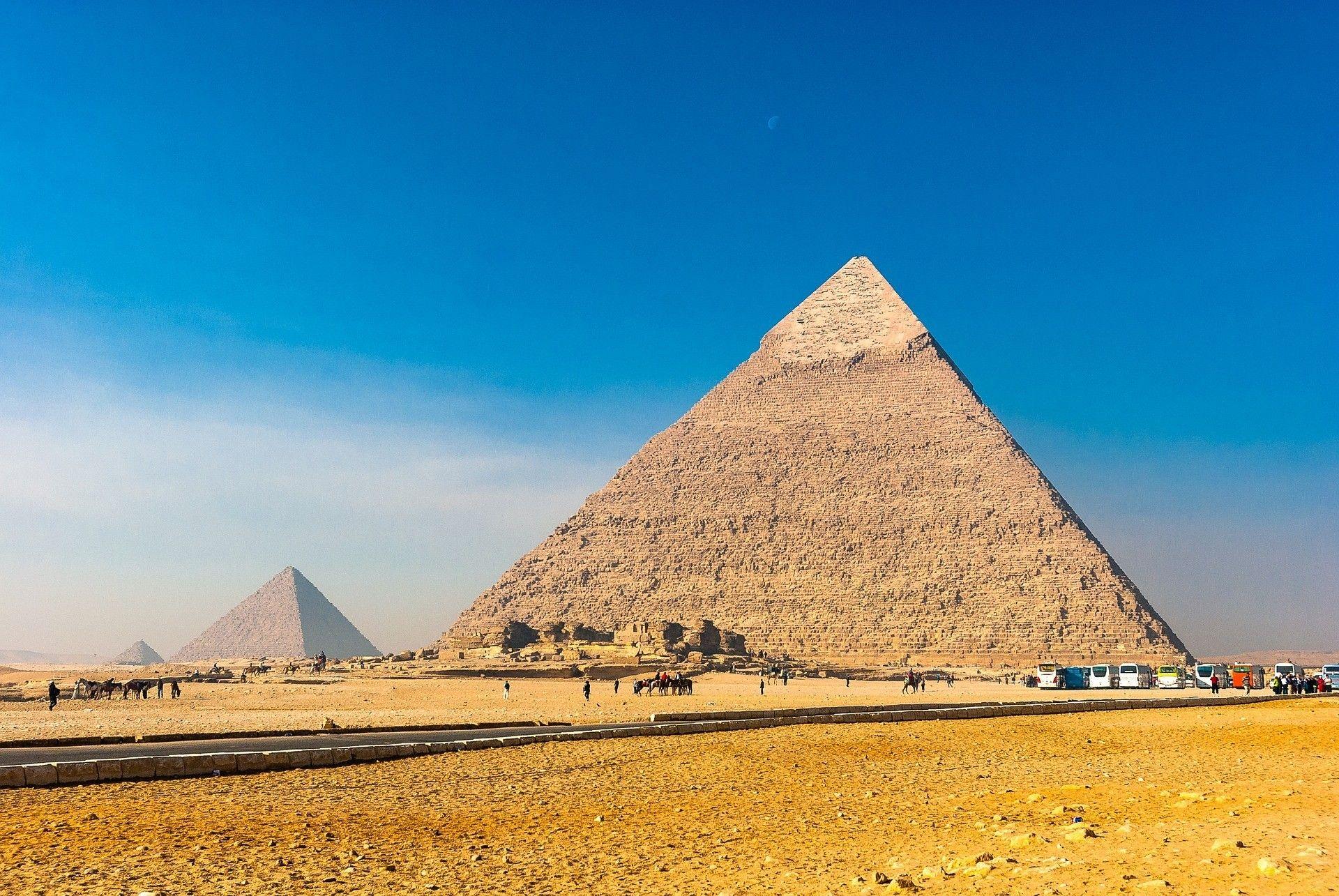 Єгипет, піраміди, відпочинок