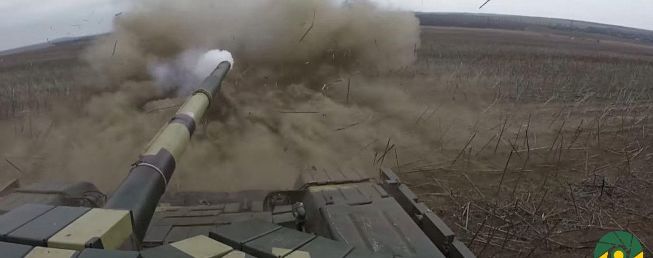 Залізна міць: у зоні АТО відбулися масштабні навчання танкістів