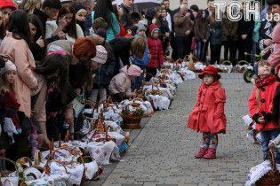 Стоит ли католикам и православным праздновать Пасху в один день. Результаты опроса ТСН.Тижня