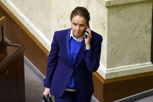 Королевская частично тратила зрение после того, как ее облили зеленкой – пресс-служба нардепа