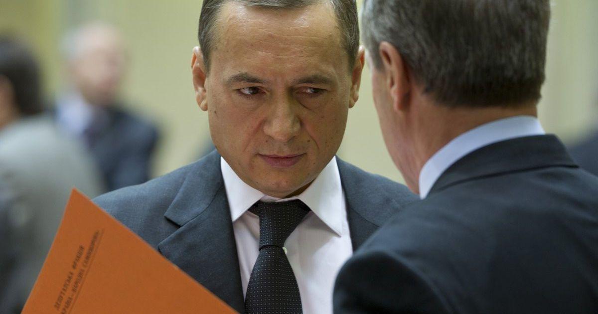 Уже 15 нардепів і чотири міністри хочуть взяти Мартиненка на поруки