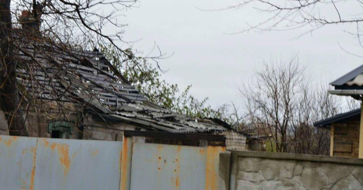 Съемочная группа ТСН попала под обстрелами вблизи Марьинки