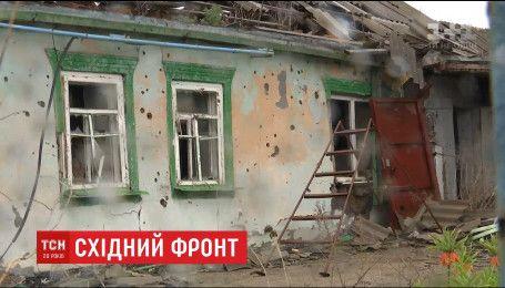 Боевики открыли огонь по жилым кварталам Марьинки
