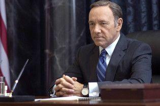 """Стало известно, как персонажа Кевина Спейси уберут из последнего сезона """"Карточного домика"""""""
