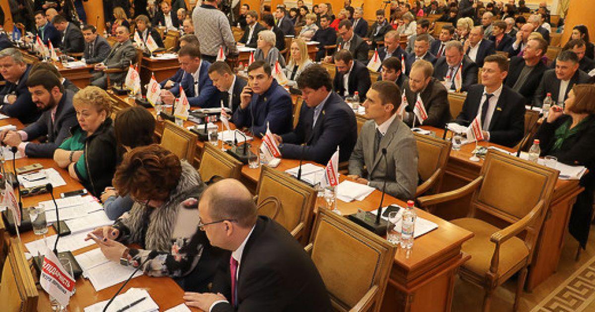 Без Небесной сотни и Героев Крут: одесские депутаты вернули старые названия декоммунизированным улицам