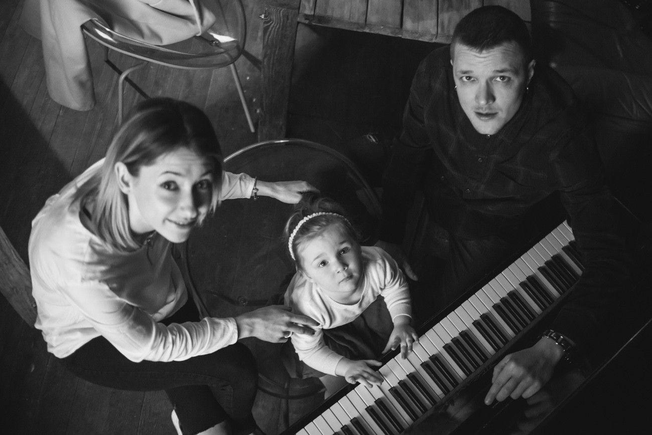 Женя Галич з родиною