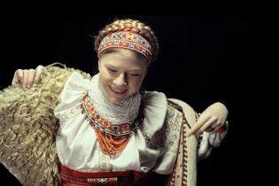 В Сети представили атмосферные ролики с украинками в этнических нарядах
