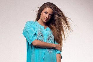 СМИ связали с Турчиновым и Лукьянчуком обменники, совладелицей которых является 23-летняя модель