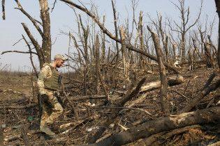 Вооруженные силы пытаются идентифицировать 85 тел погибших на Донбассе, почти половина из них - военные