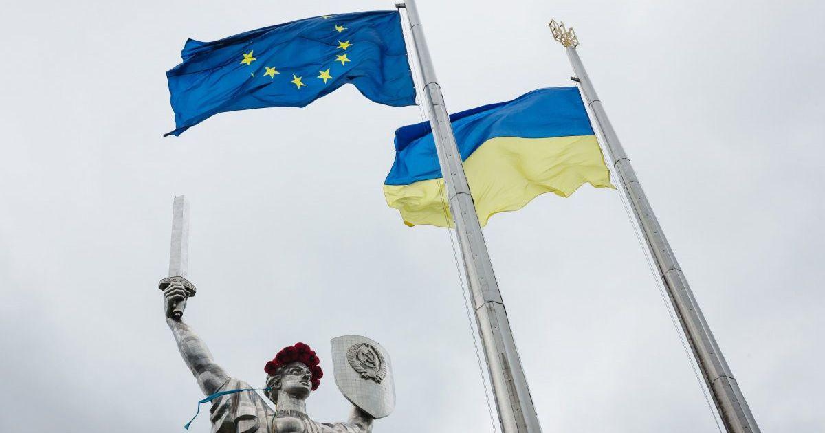 У Раді кажуть, що за безвізом домагатимуться вступу до ЄС та НАТО
